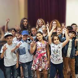"""Среща на учениците от ЧОУ """"Образователни технологии"""" с участници от """"Гласът на България 4"""""""